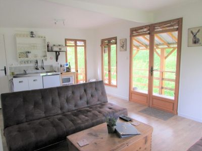 The living area in the lodge at l'angottiere carp fishery offering exclusive carp fishing in france