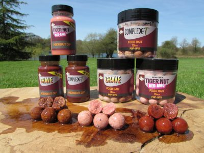 Bait for sale at L'Angottiere carp fishery offering exclusive carp fishing in france