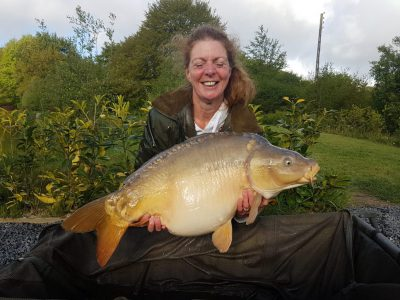 carp captures at l'angottiere carp fishery offering carp fishing in france