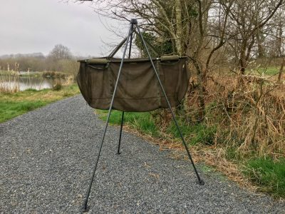 weigh tripod at l'angottiere carp fishery