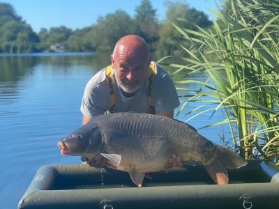 Mannie with a 30lb carp from L'Angottiere carp fishery in france