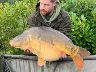 40 from the hole at Shell Swim L'Angottiere Carp fishery, France